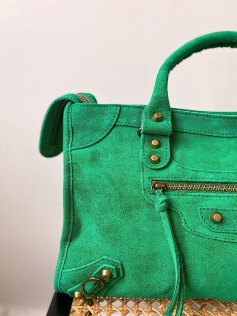 Sac gaga couleur vert vif détails