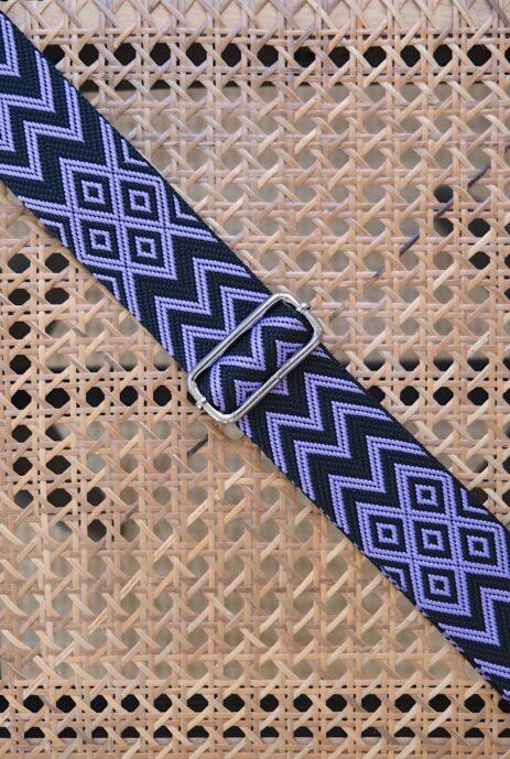 Bandoulière à motif zigzag noir / mauve