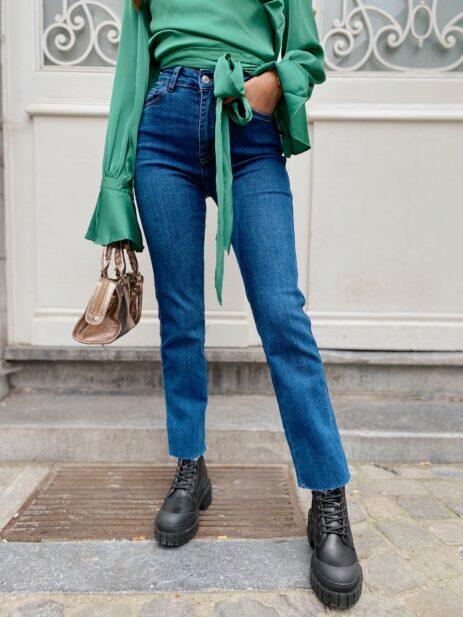 Jeans bleu vue de face