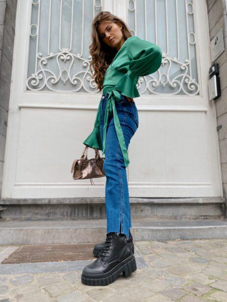 Jeans bleu vue de profil